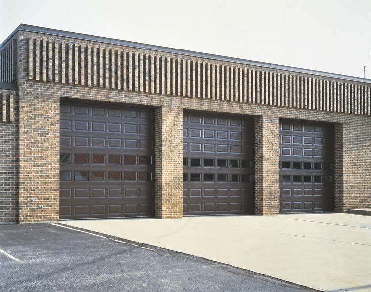commercial garage door installationa and repair